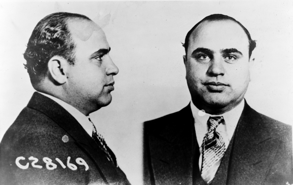 a biography of al capone an american gangster Al capone, byname of alphonse capone, also called scarface, (born january 17, 1899, brooklyn, new york, us—died january 25, 1947, palm island, florida), the most famous american gangster, who dominated organized crime in chicago from 1925 to 1931 capone's parents immigrated to the united states from naples in 1893 al, the fourth of nine children, grew up in brooklyn, new york.