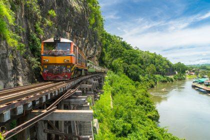 Путешествие под стук колес: 10 железнодорожных маршрутов, по которым нужно проехаться хотя бы раз в жизни