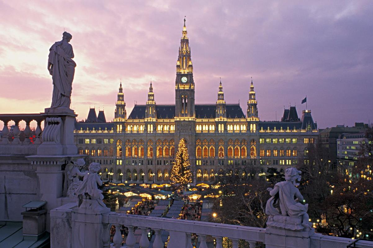 Что посмотреть в Вене: шницельные и кондитерские, опера и дворцы