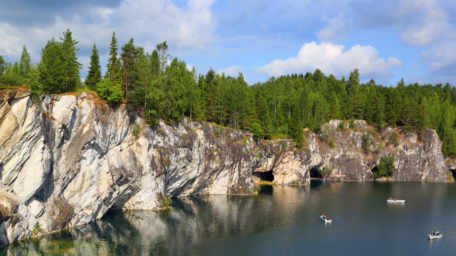 6 мест в России, где не стыдно провести отпуск