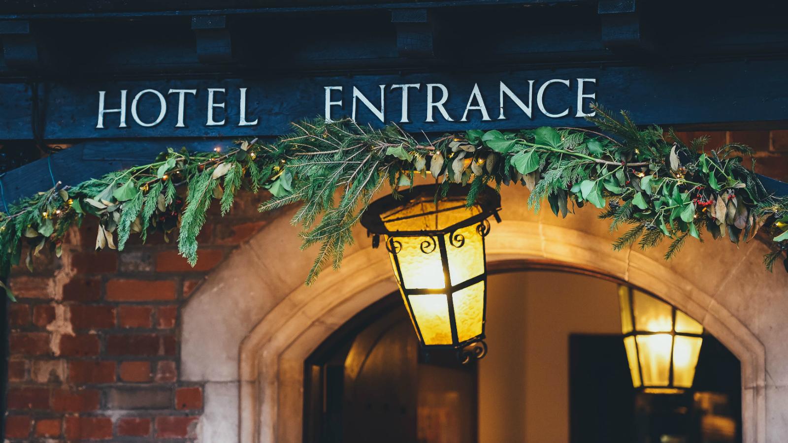 7 отелей Москвы, где можно встретить Новый год