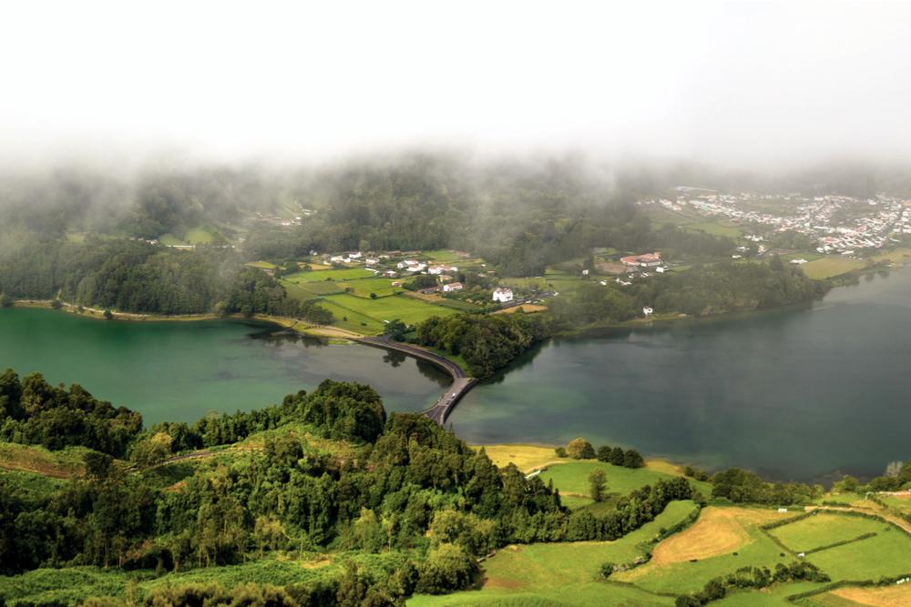 Азорские острова на карте Португалии: отдых в неизведанном краю