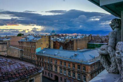 В Питере — руфить: лучшие крыши северной столицы