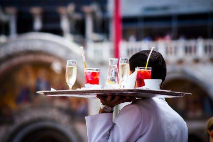 Истина в вине: что выпить в разных странах мира (18+)
