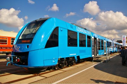 По Германии проехал первый в мире водородный поезд