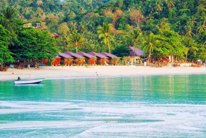 В Таиланде передумали открывать знаменитый пляж Пхи-Пхи
