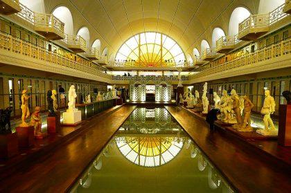 Во Франции после реконструкции открылся музей-бассейн