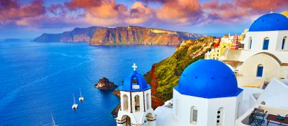 Санторини признали самым очаровательным островом