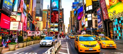 В Нью-Йорке пешеходам запретят пользоваться смартфонами на ходу