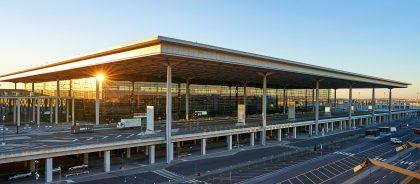 Строили, строили и наконец-то достроили: открылся аэропорт Берлин-Бранденбург