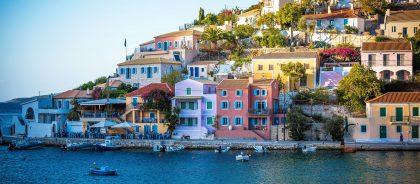Греция и Болгария примут российских путешественников уже в мае