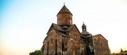 Вакцинированным туристам можно в Армению без ПЦР-теста