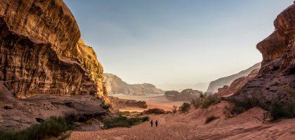 Иордания открыта для путешественников, вакцинированных «Спутником V»