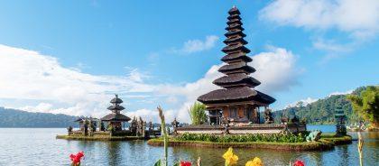 Индонезия открывается для вакцинированных «Спутником V»