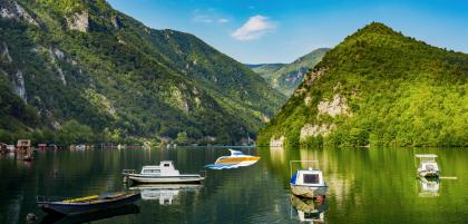 Пляжный отдых в Сербии: где купаться в стране без моря