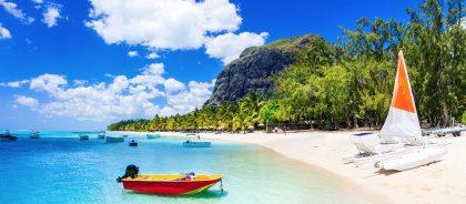 Маврикий смягчает условия въезда для привитых путешественников