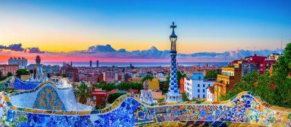 Испания обещает выдавать визы привитым путешественникам